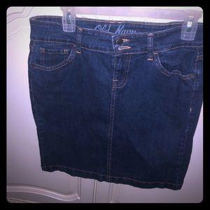 Cute denim Old Navy blue skirt